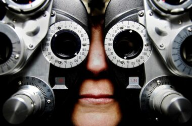 iPhone Apps to Check Your Eyesight