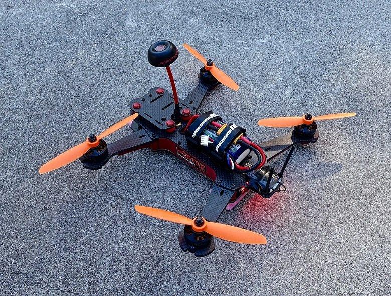 drone-1153510_960_720
